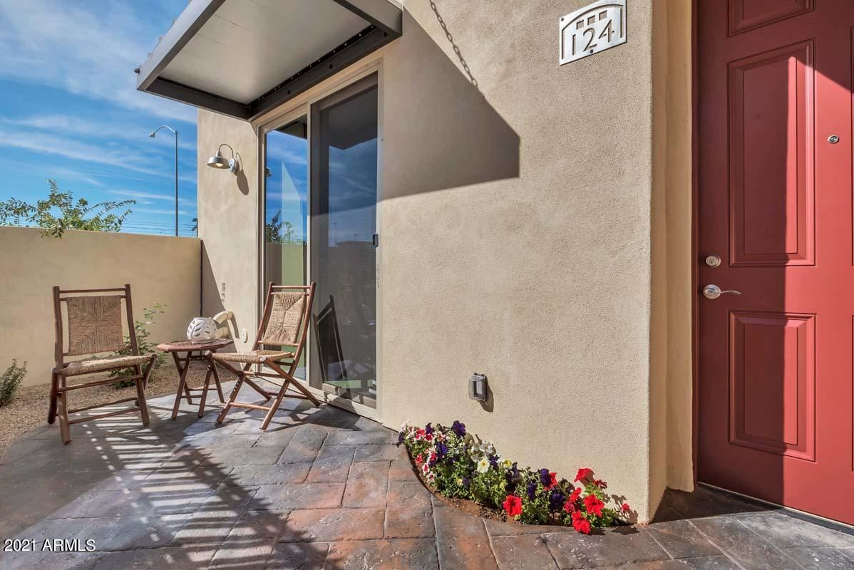 Photo of 1406 W MAIN Street #134, Mesa, AZ 85201 (MLS # 6296272)