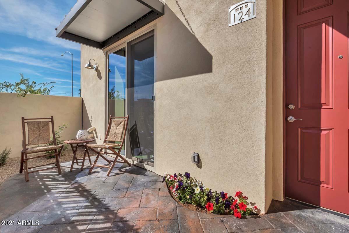 Photo of 1406 W MAIN Street #136, Mesa, AZ 85201 (MLS # 6296276)