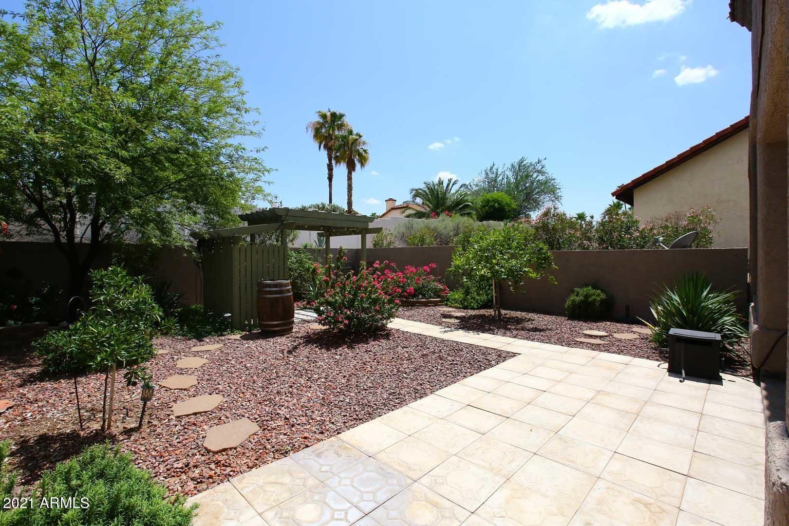 Photo of 14257 N FOUNTAIN HILLS Boulevard #B, Fountain Hills, AZ 85268 (MLS # 6270278)