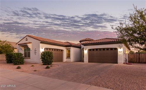 Photo of 22457 E SENTIERO Court, Queen Creek, AZ 85142 (MLS # 6308283)