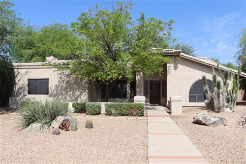 Photo of 9004 W PATRICK Lane, Peoria, AZ 85383 (MLS # 6137288)