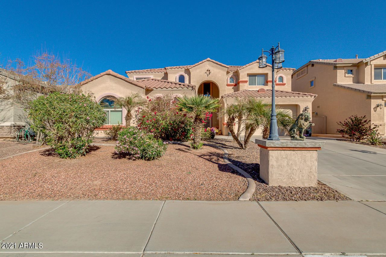 Photo of 41200 W ROBBINS Drive, Maricopa, AZ 85138 (MLS # 6197290)