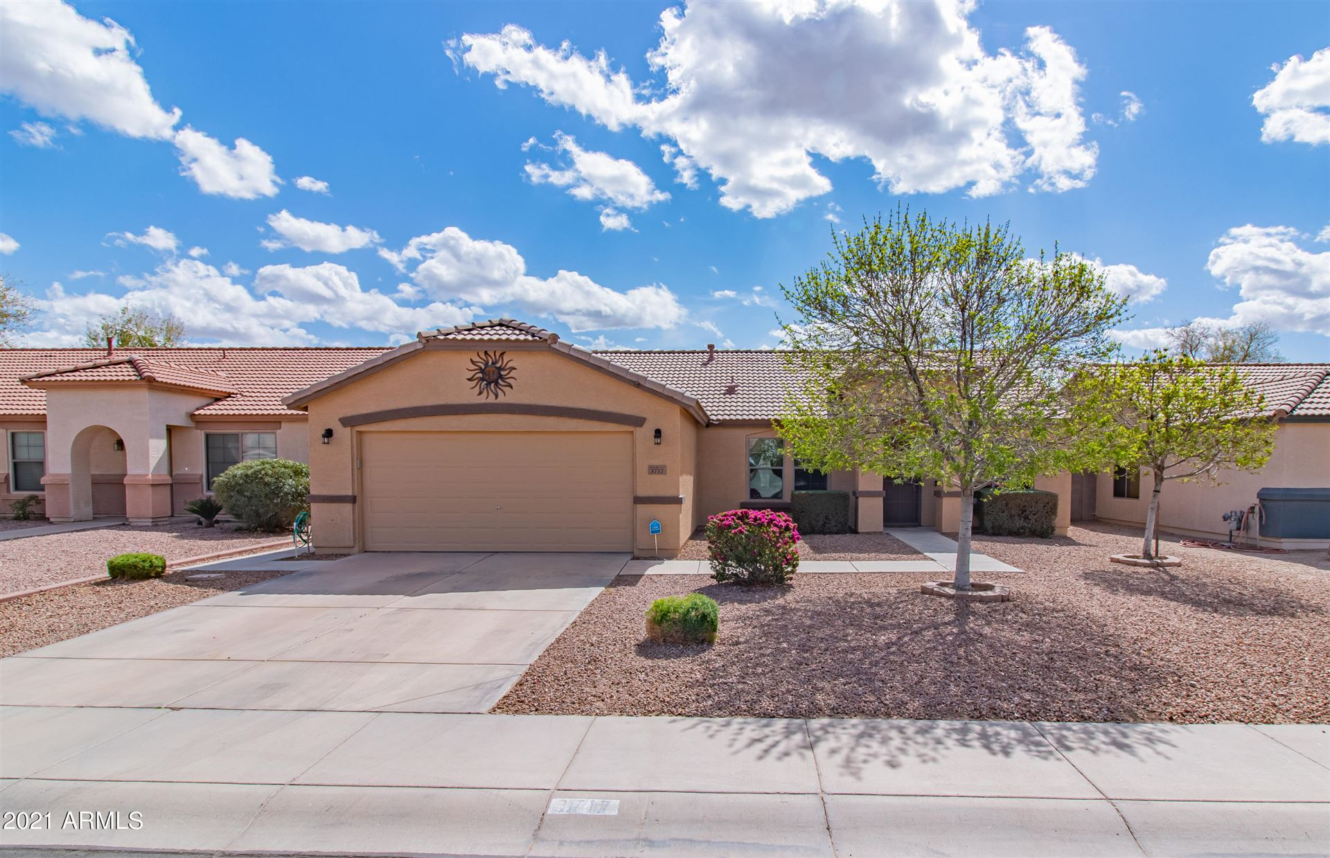 Photo of 3717 E YORKSHIRE Circle, San Tan Valley, AZ 85140 (MLS # 6203296)