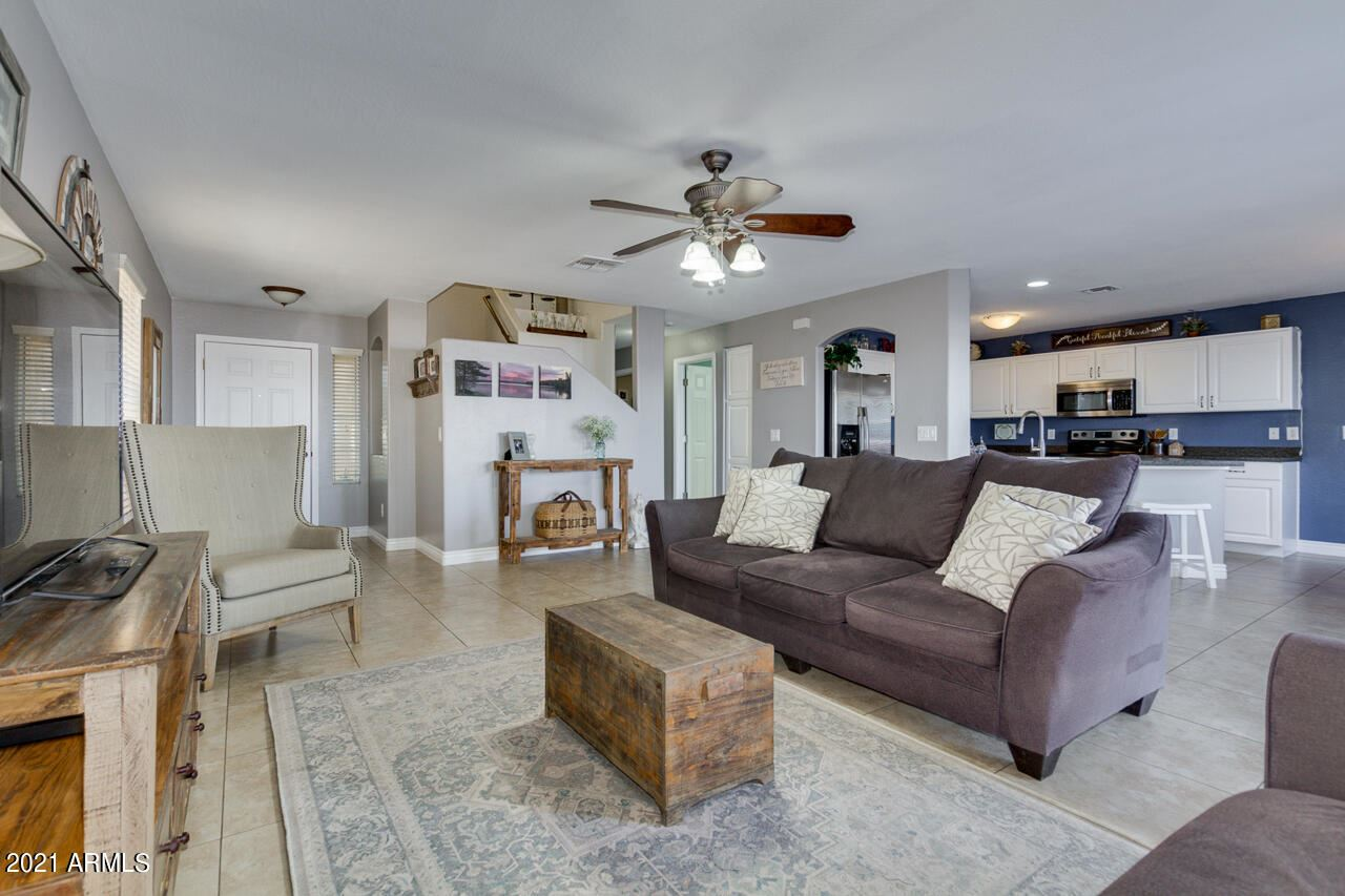 Photo of 31791 N SUNDOWN Drive, San Tan Valley, AZ 85143 (MLS # 6231296)