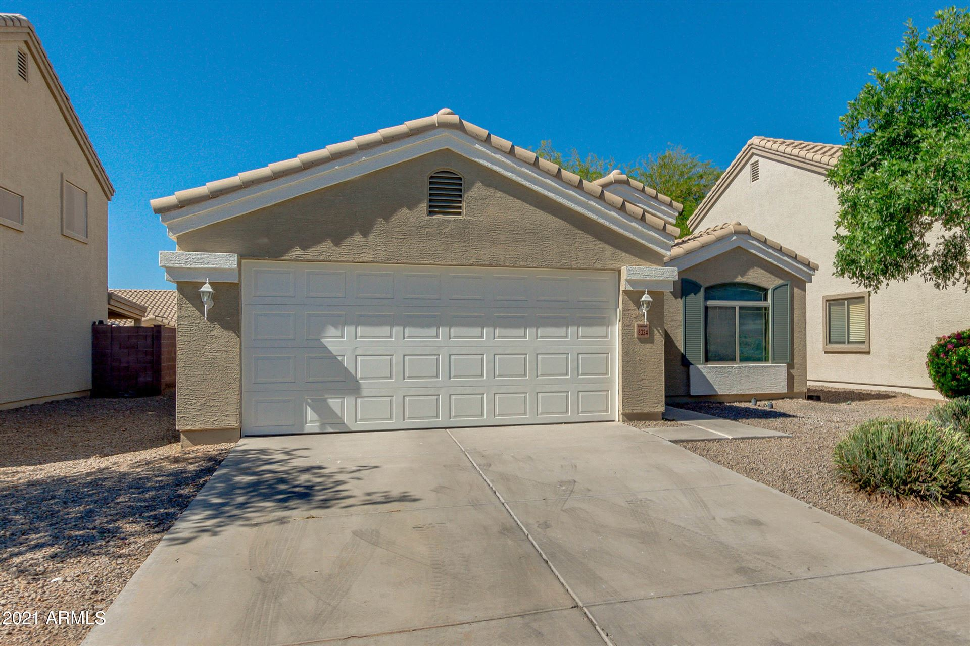 Photo of 8324 W CROWN KING Road, Tolleson, AZ 85353 (MLS # 6226297)
