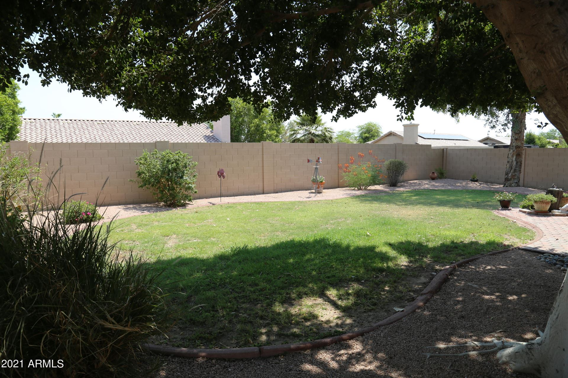 Photo of 6941 W MONTE LINDO --, Glendale, AZ 85310 (MLS # 6269299)