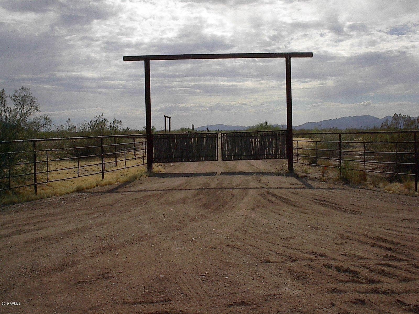 Photo of 0 529th Avenue --, Aguila, AZ 85320 (MLS # 6167302)
