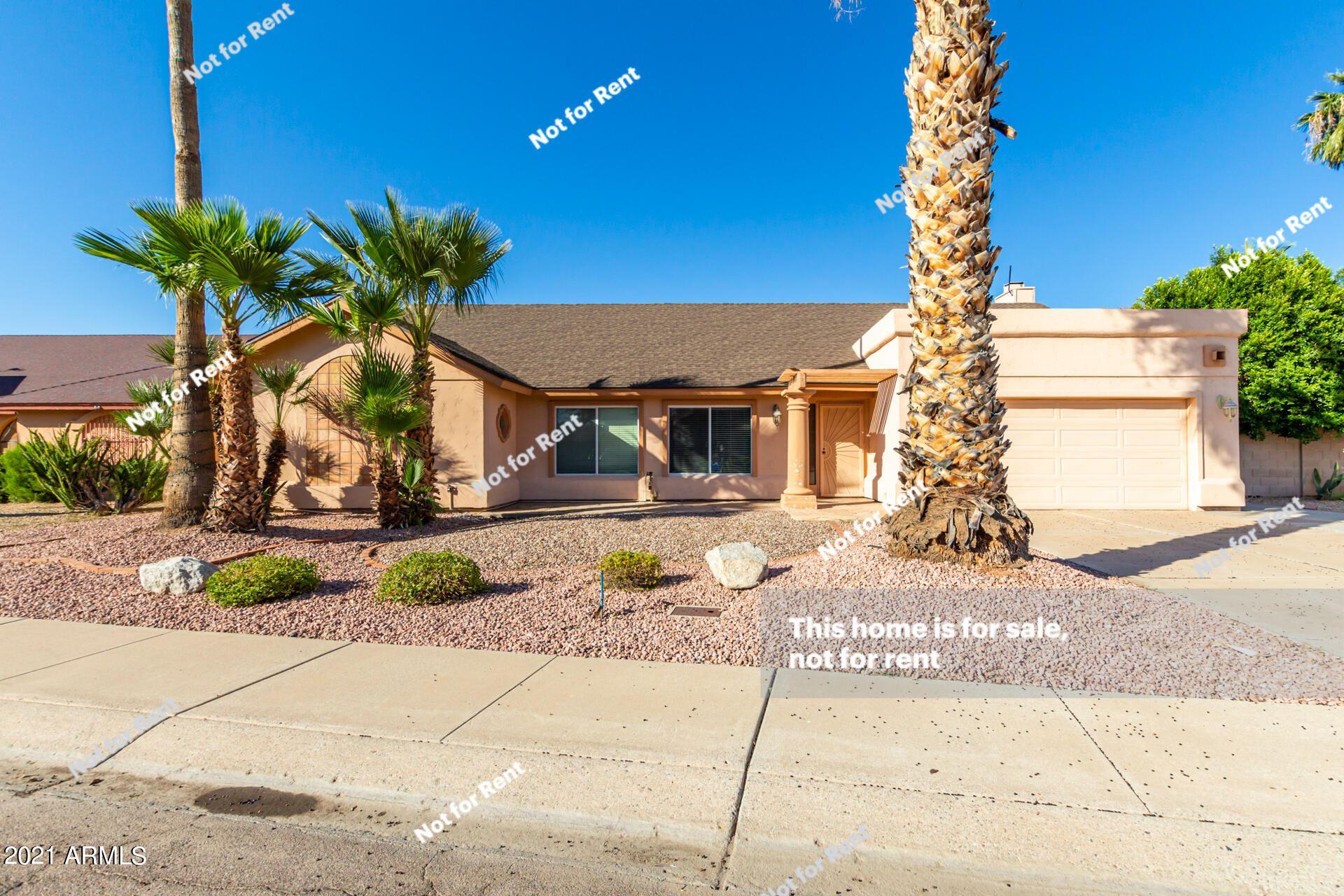 Photo of 4130 W QUESTA Drive, Glendale, AZ 85310 (MLS # 6307302)
