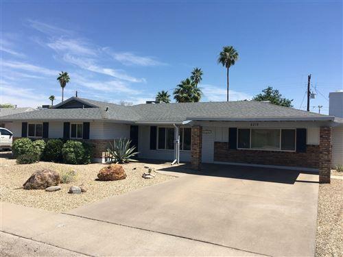 Photo of 8219 E NORTHLAND Drive, Scottsdale, AZ 85251 (MLS # 6087307)