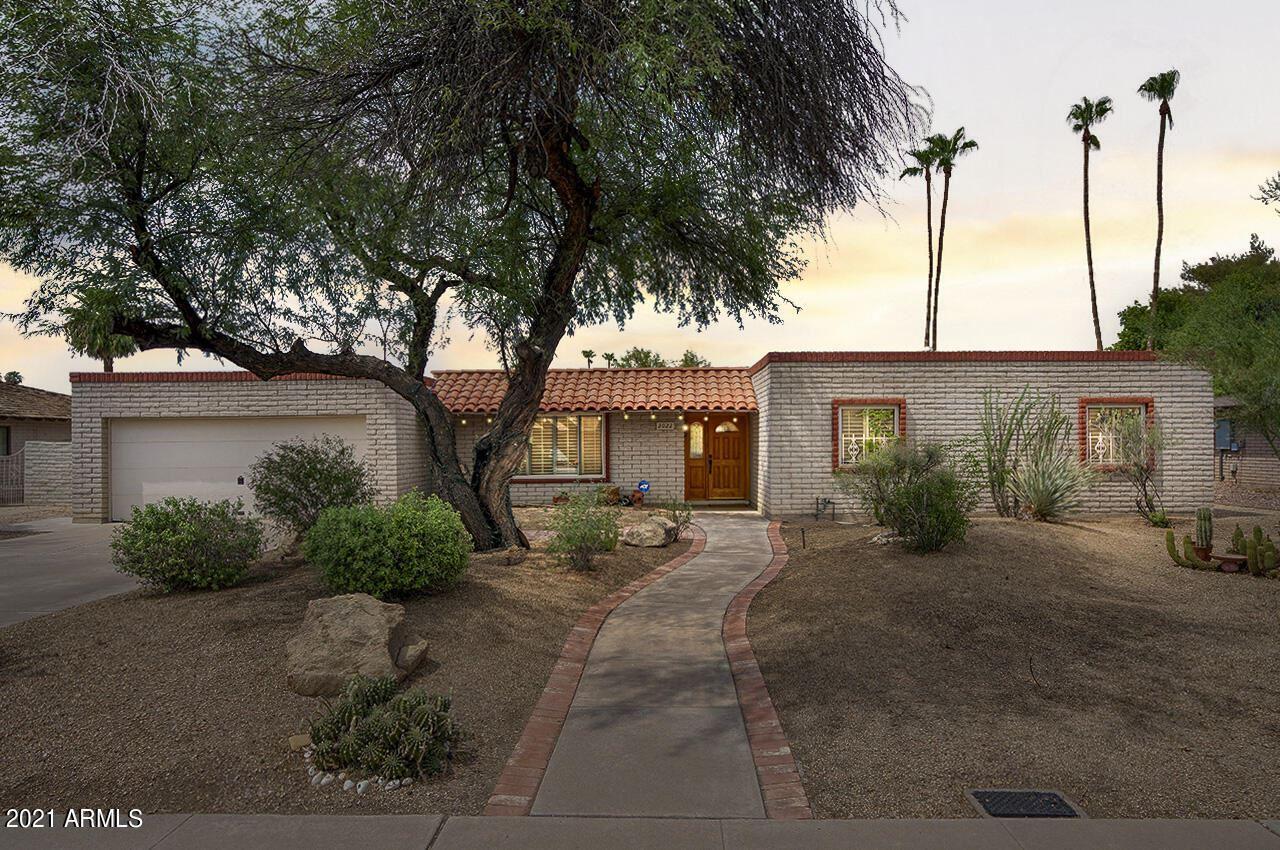 Photo of 2022 E MANHATTON Drive, Tempe, AZ 85282 (MLS # 6268307)