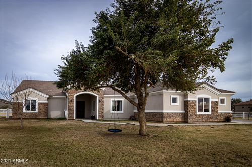 Photo of 36937 N OAKLEY Drive, San Tan Valley, AZ 85140 (MLS # 6200309)