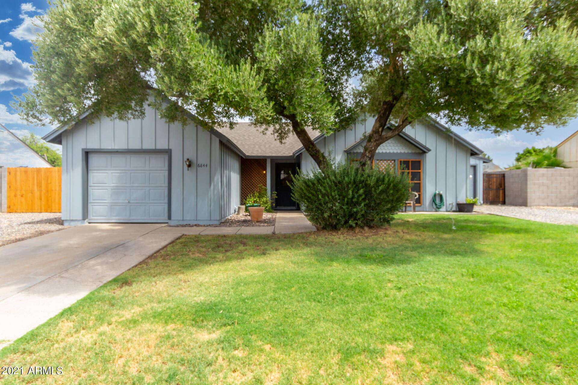 Photo of 6844 W Turquoise Avenue, Peoria, AZ 85345 (MLS # 6268311)
