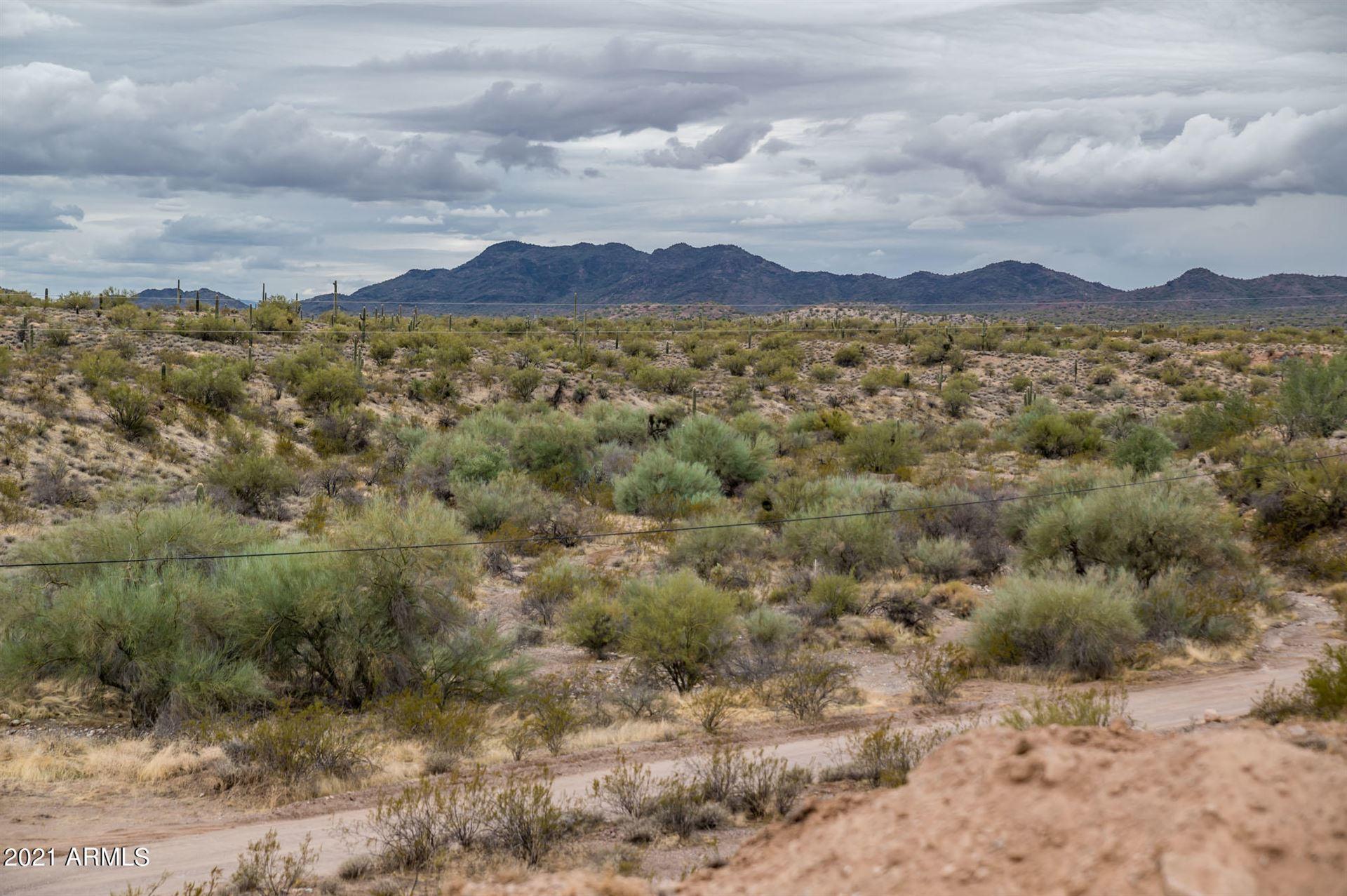 Photo of 42900 N 271 Avenue, Morristown, AZ 85342 (MLS # 6190313)