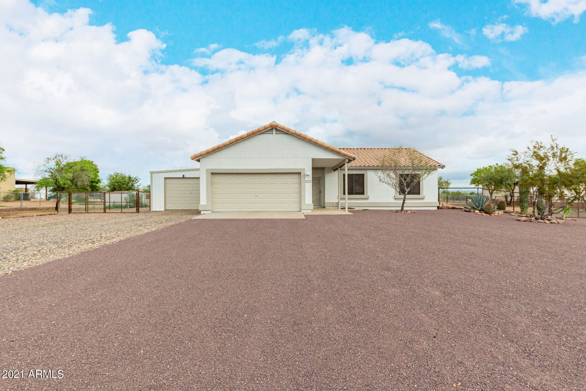 Photo of 22006 W BEACON Lane, Wittmann, AZ 85361 (MLS # 6271314)