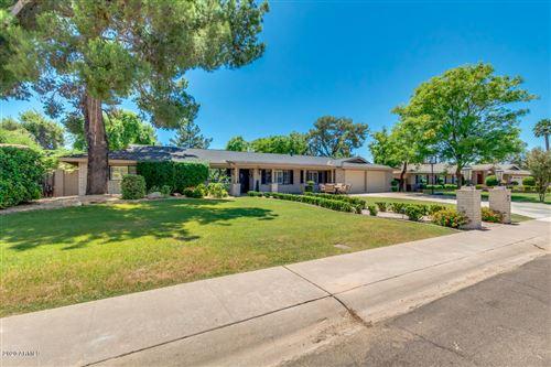 Photo of 141 W BOCA RATON Road, Phoenix, AZ 85023 (MLS # 6082321)