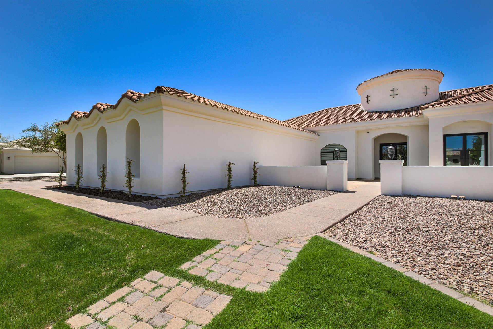 Photo of 19097 E VALLEJO Street, Queen Creek, AZ 85142 (MLS # 6227321)
