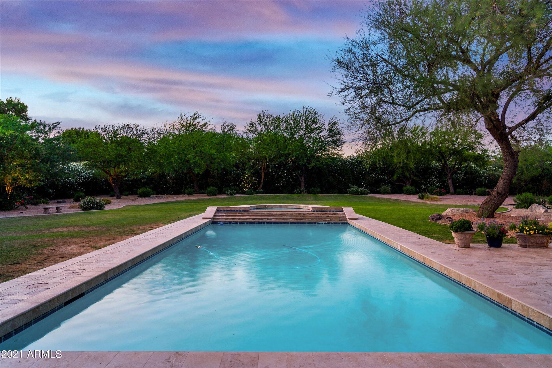 Photo of 7100 E BERNEIL Drive, Paradise Valley, AZ 85253 (MLS # 6244329)