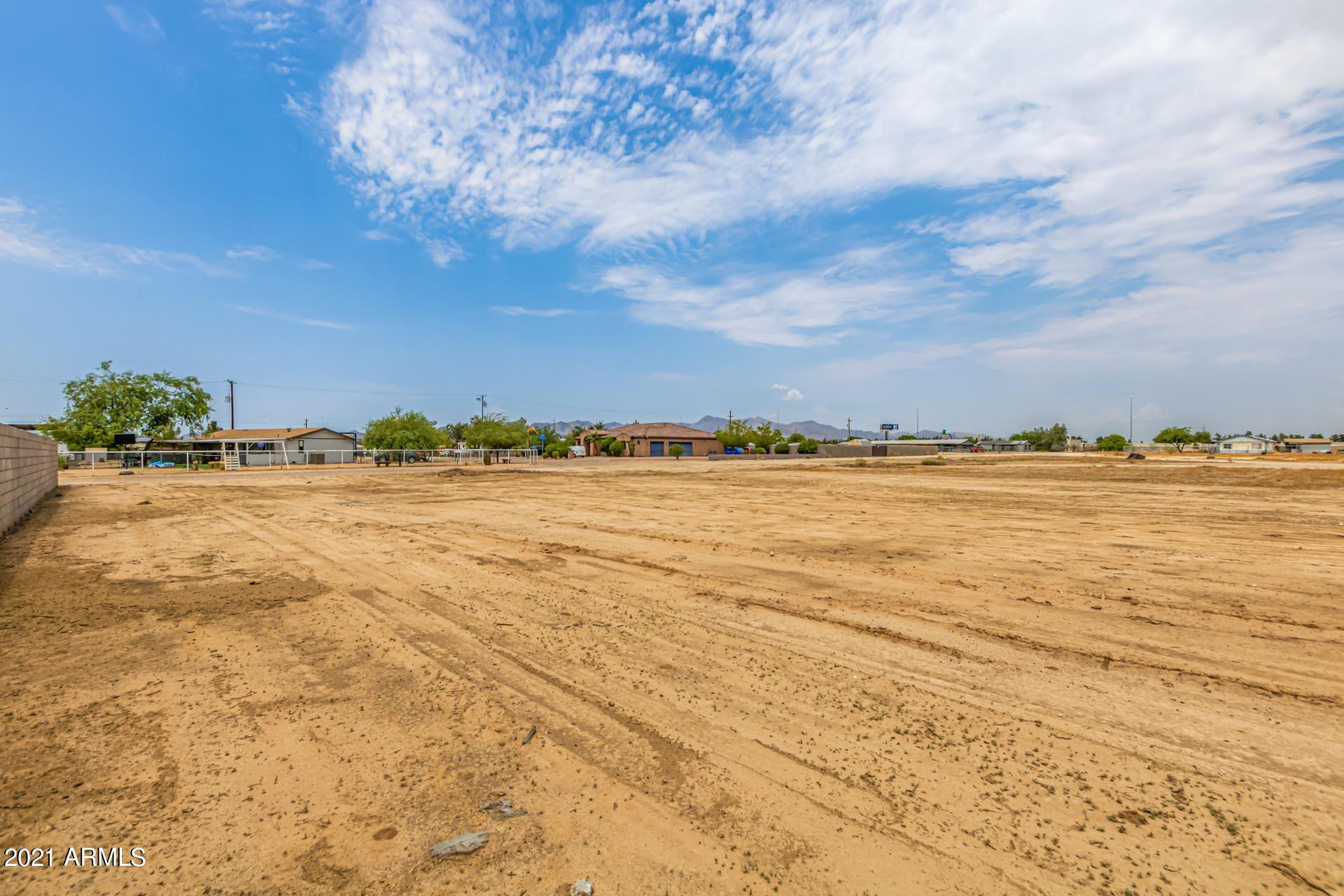 Photo of 0 N 183rd Avenue, Goodyear, AZ 85338 (MLS # 6269332)