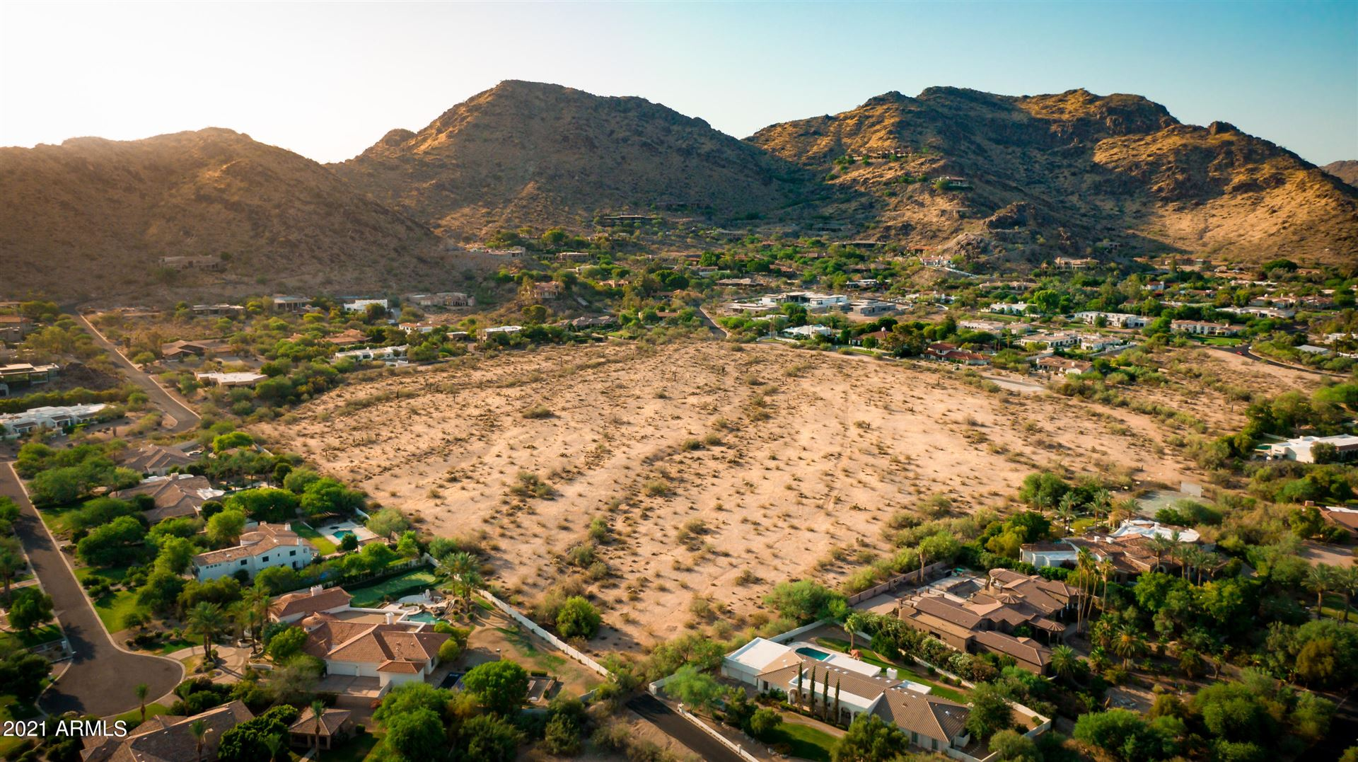 Photo of 0 E Roadrunner Road E, Paradise Valley, AZ 85253 (MLS # 6230333)