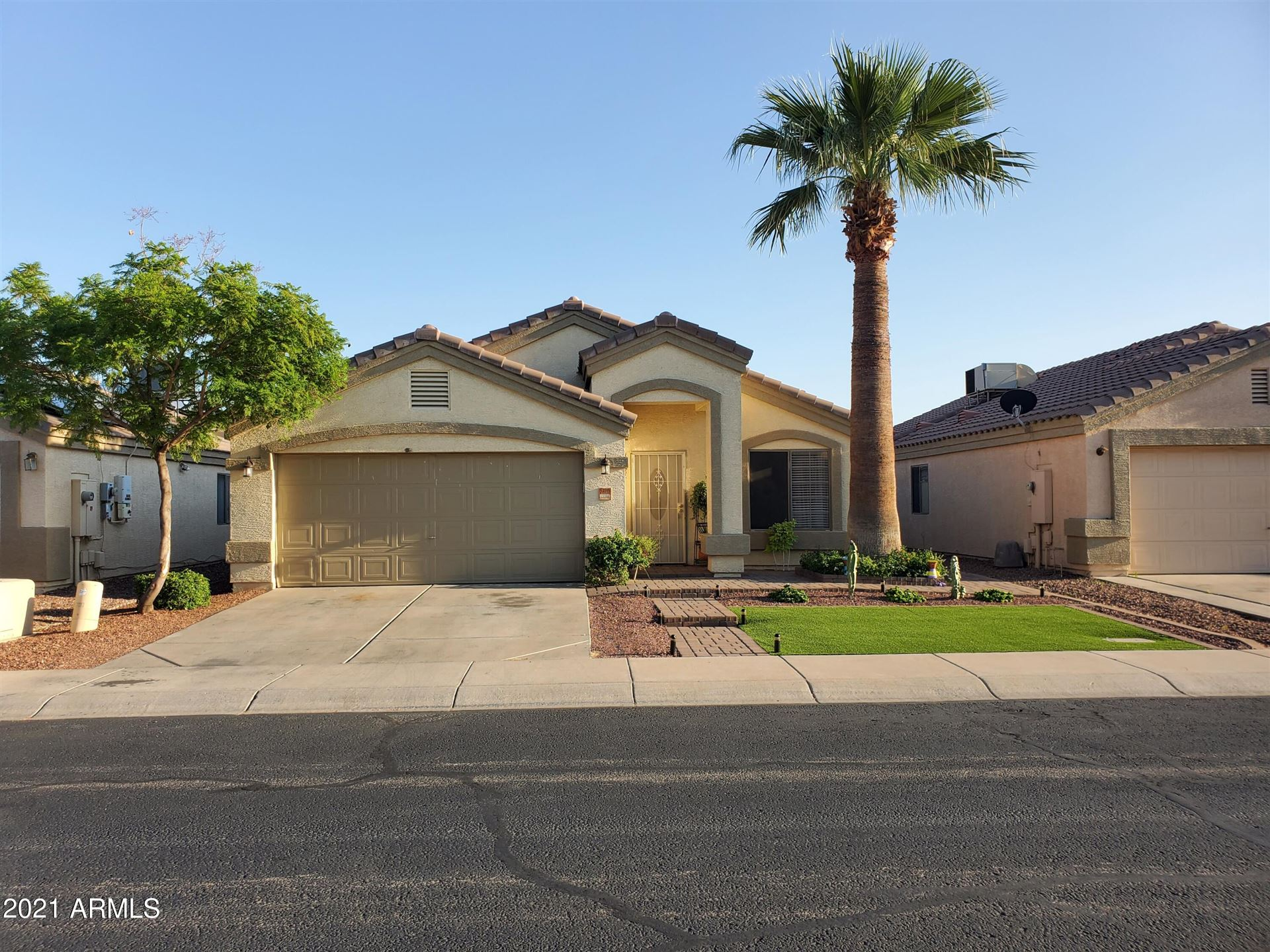 Photo of 13033 W REDFIELD Road, El Mirage, AZ 85335 (MLS # 6292333)