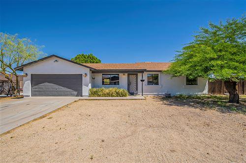 Photo of 476 W 17TH Avenue, Apache Junction, AZ 85120 (MLS # 6234334)