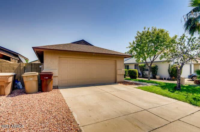 Photo of 11321 N 82nd Drive, Peoria, AZ 85345 (MLS # 6296334)