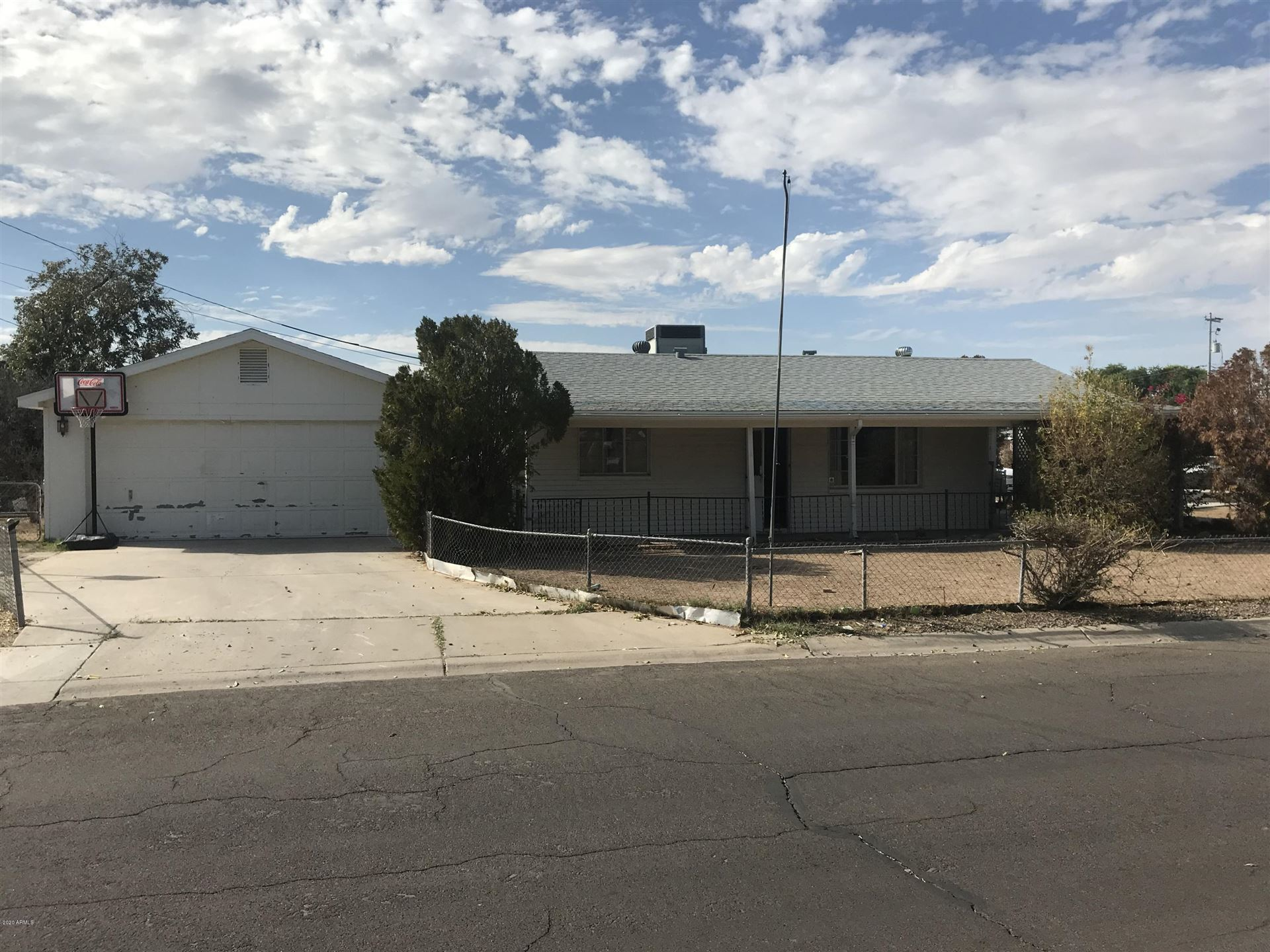Photo of 11321 W DULUTH Avenue, Youngtown, AZ 85363 (MLS # 6307334)