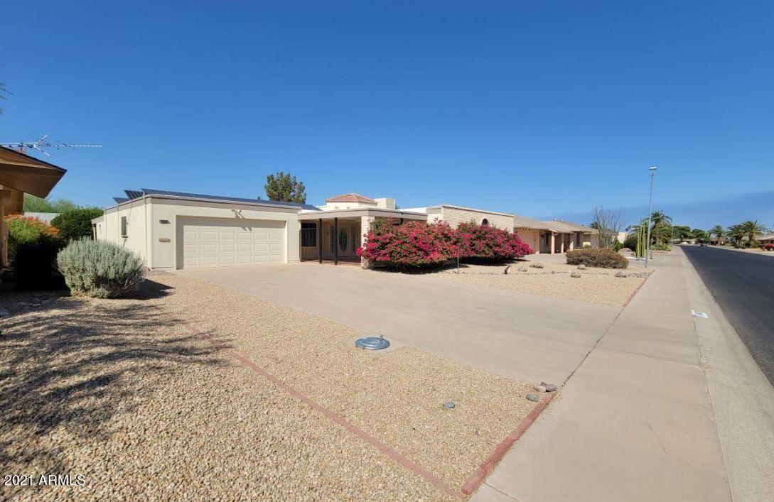 Photo of 10420 W TUMBLEWOOD Drive, Sun City, AZ 85351 (MLS # 6247335)