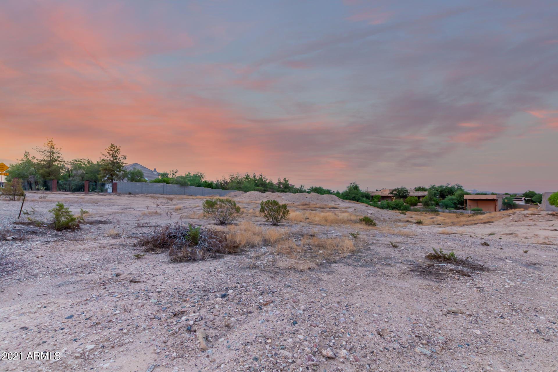 Photo of 0 NW 129th Avenue, Litchfield Park, AZ 85340 (MLS # 6271337)