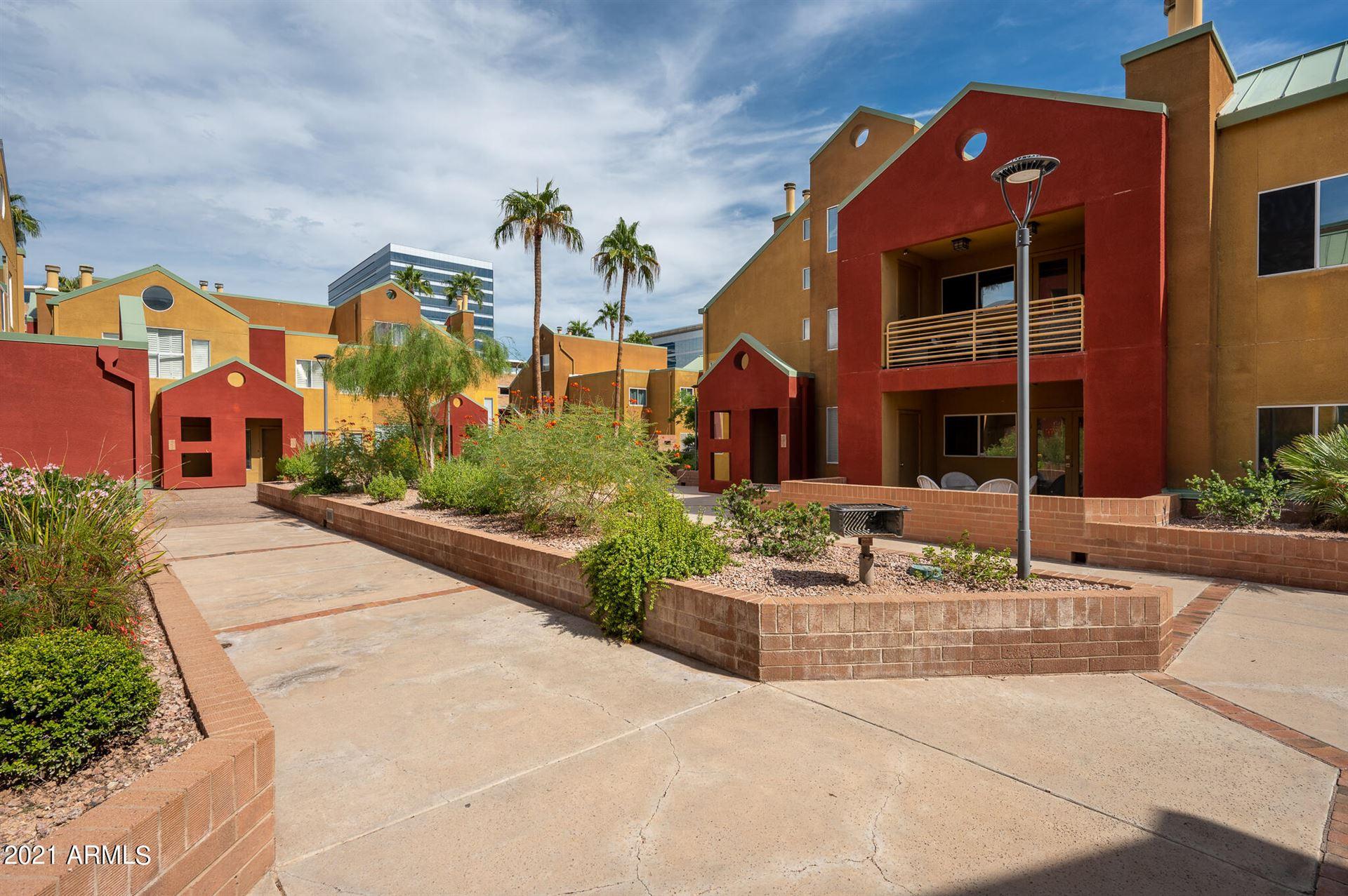 Photo of 154 W 5TH Street #205, Tempe, AZ 85281 (MLS # 6310340)