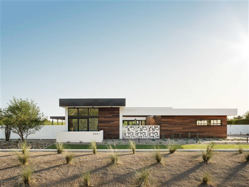 Photo of 3021 E SAN MIGUEL Avenue, Phoenix, AZ 85016 (MLS # 6141341)