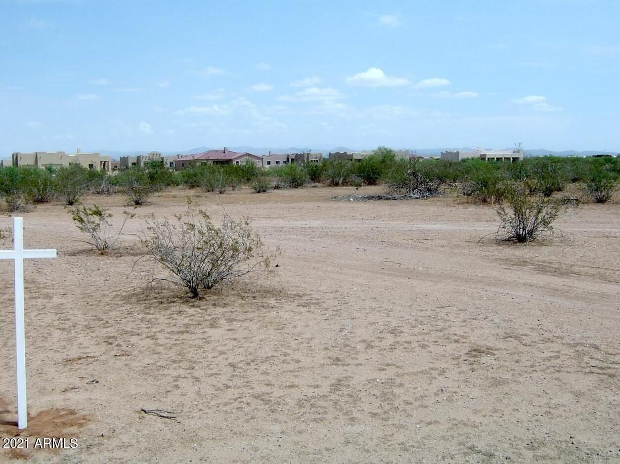 Photo of 25400 W PATTON Road, Wittmann, AZ 85361 (MLS # 6291342)