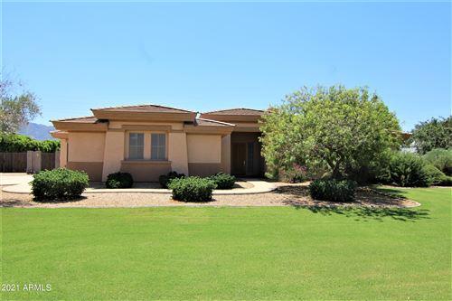 Photo of 2727 E HAYMORE Court E, Gilbert, AZ 85298 (MLS # 6294343)