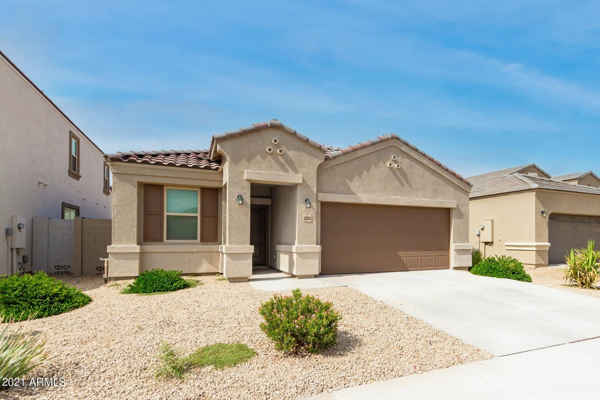 Photo of 42074 W LUNAR Street, Maricopa, AZ 85138 (MLS # 6297343)