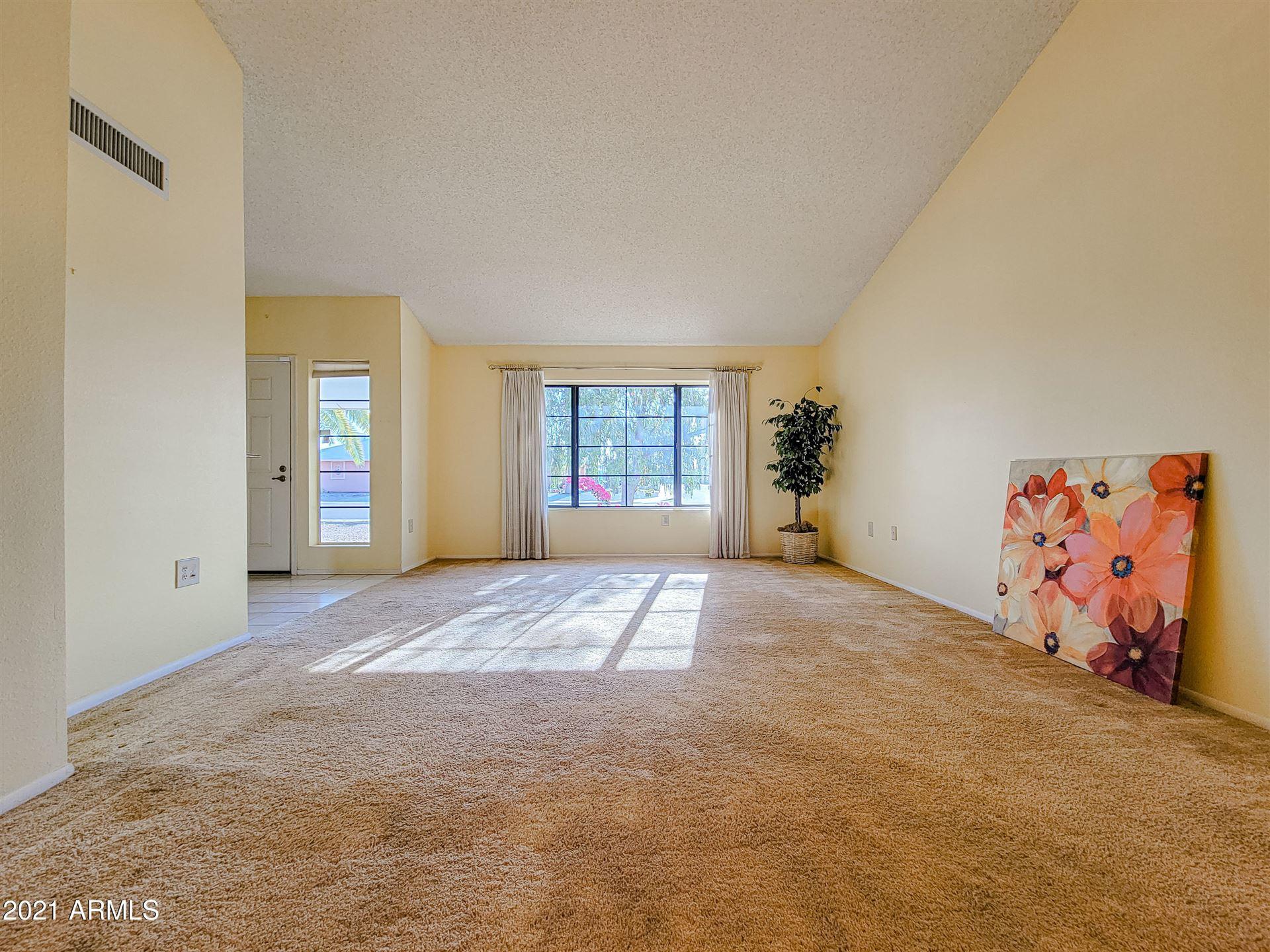 Photo of 17430 N DESERT GLEN Drive, Sun City West, AZ 85375 (MLS # 6220346)