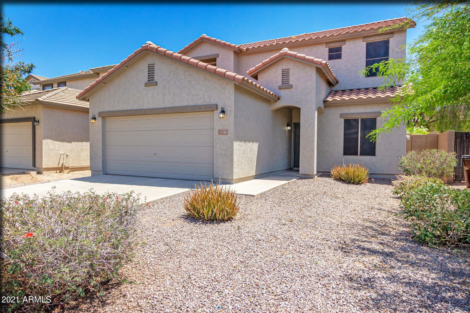 Photo of 41643 N OETTING Trail, San Tan Valley, AZ 85140 (MLS # 6230349)