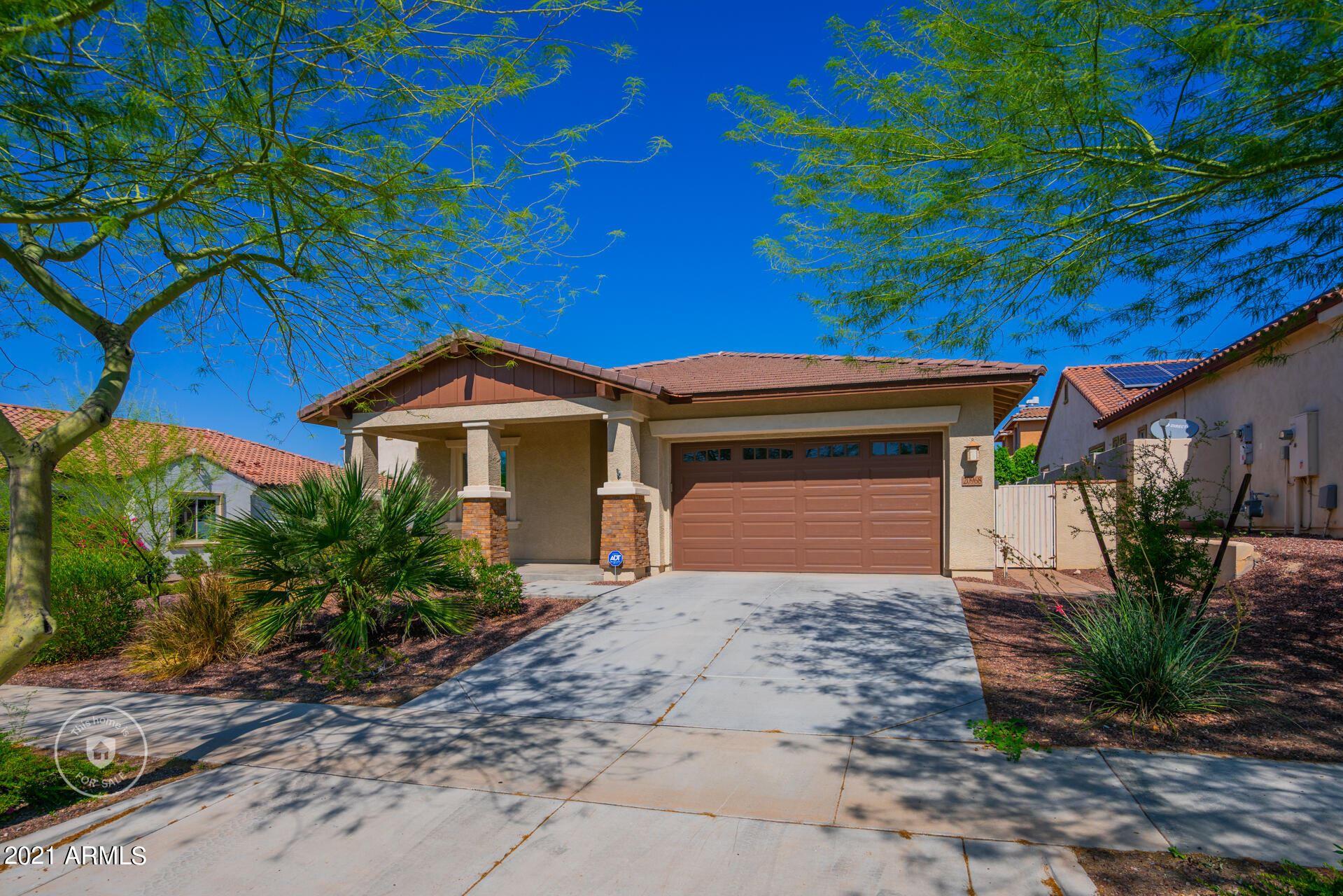 Photo of 20968 W THOMAS Road, Buckeye, AZ 85396 (MLS # 6296349)