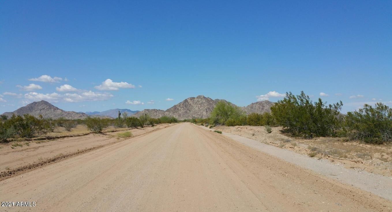 Photo of 0 W Quail Road, Maricopa, AZ 85139 (MLS # 6200351)