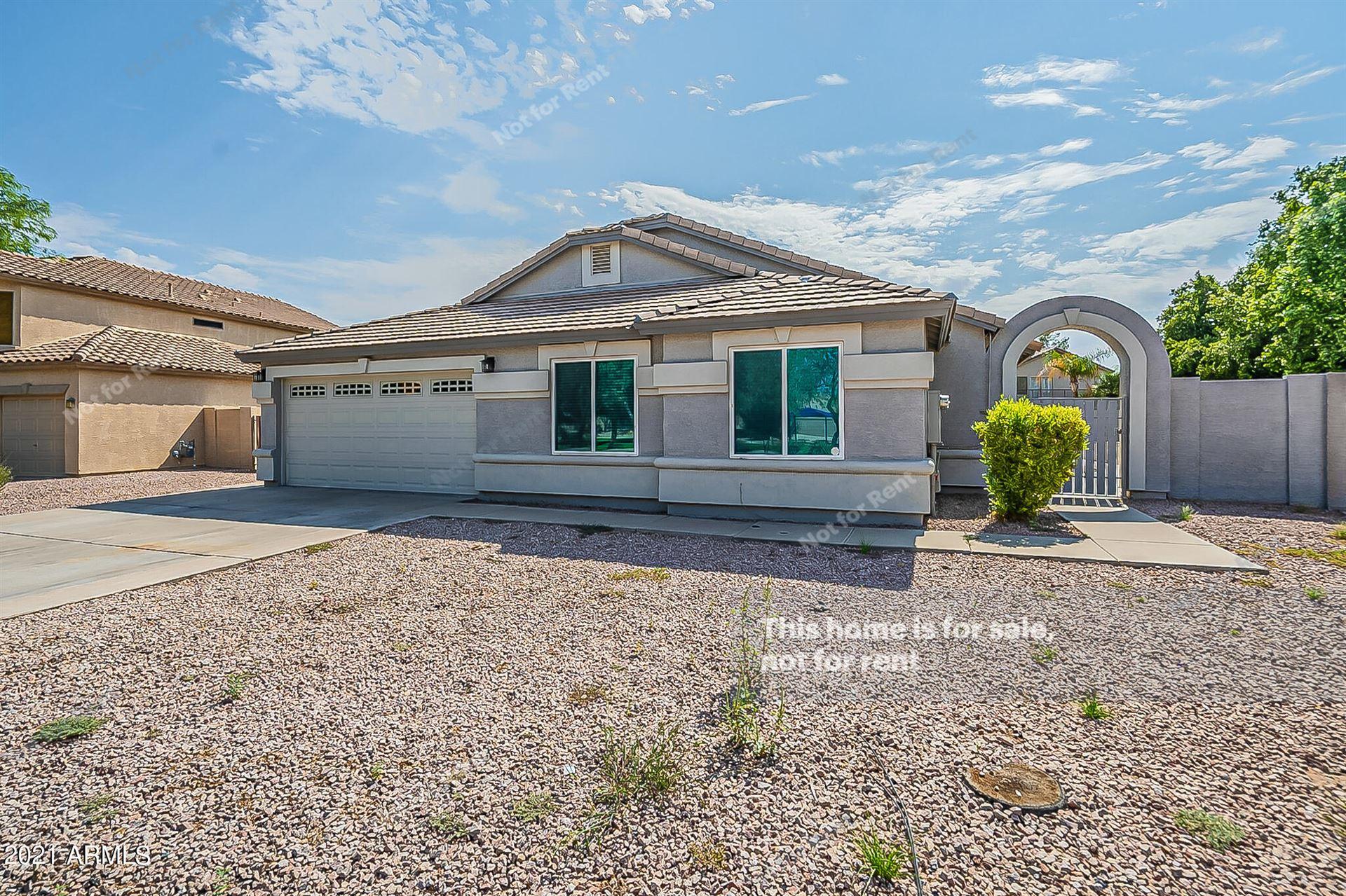 Photo of 501 W MERRILL Avenue, Gilbert, AZ 85233 (MLS # 6296351)