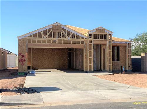 Photo of 1262 E THOMAS Drive, Casa Grande, AZ 85122 (MLS # 6057354)