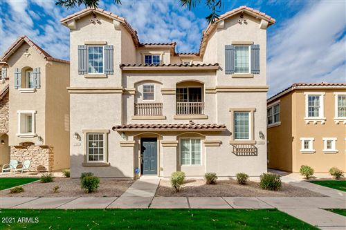 Photo of 4305 E JASPER Drive, Gilbert, AZ 85296 (MLS # 6190356)