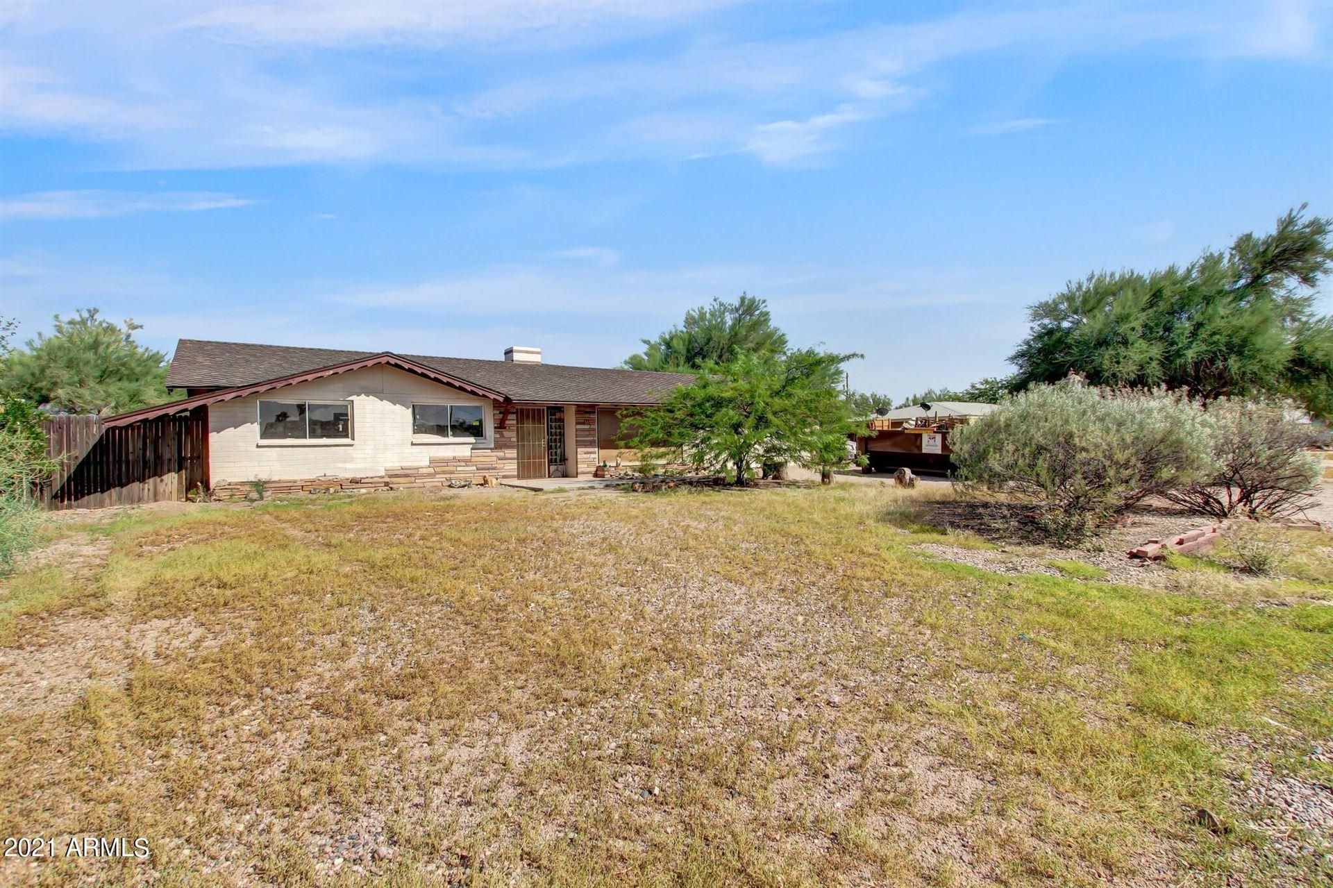 Photo of 289 N THUNDERBIRD Drive, Apache Junction, AZ 85120 (MLS # 6295357)