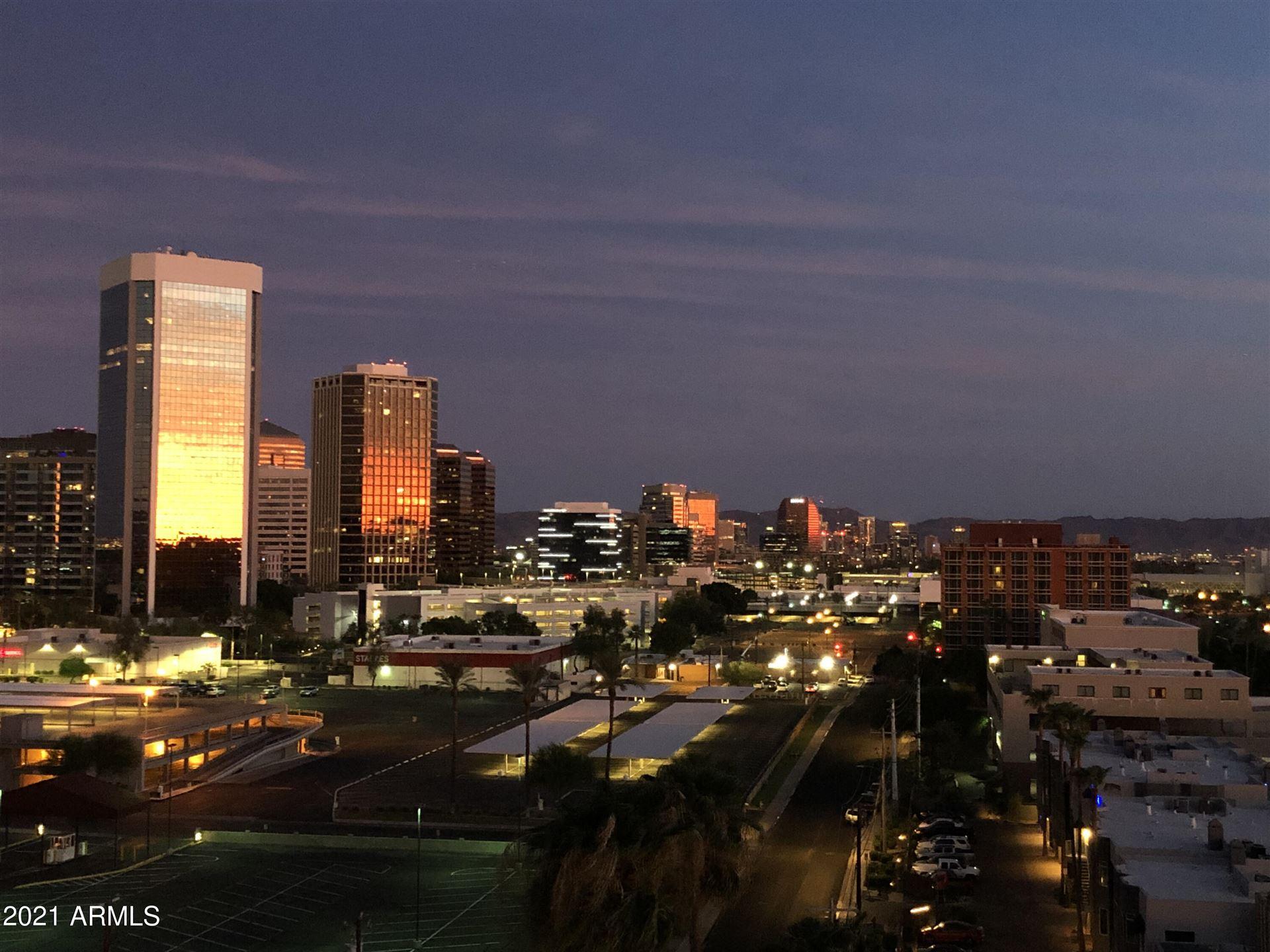 Photo of 207 W CLARENDON Avenue #9G, Phoenix, AZ 85013 (MLS # 6269360)