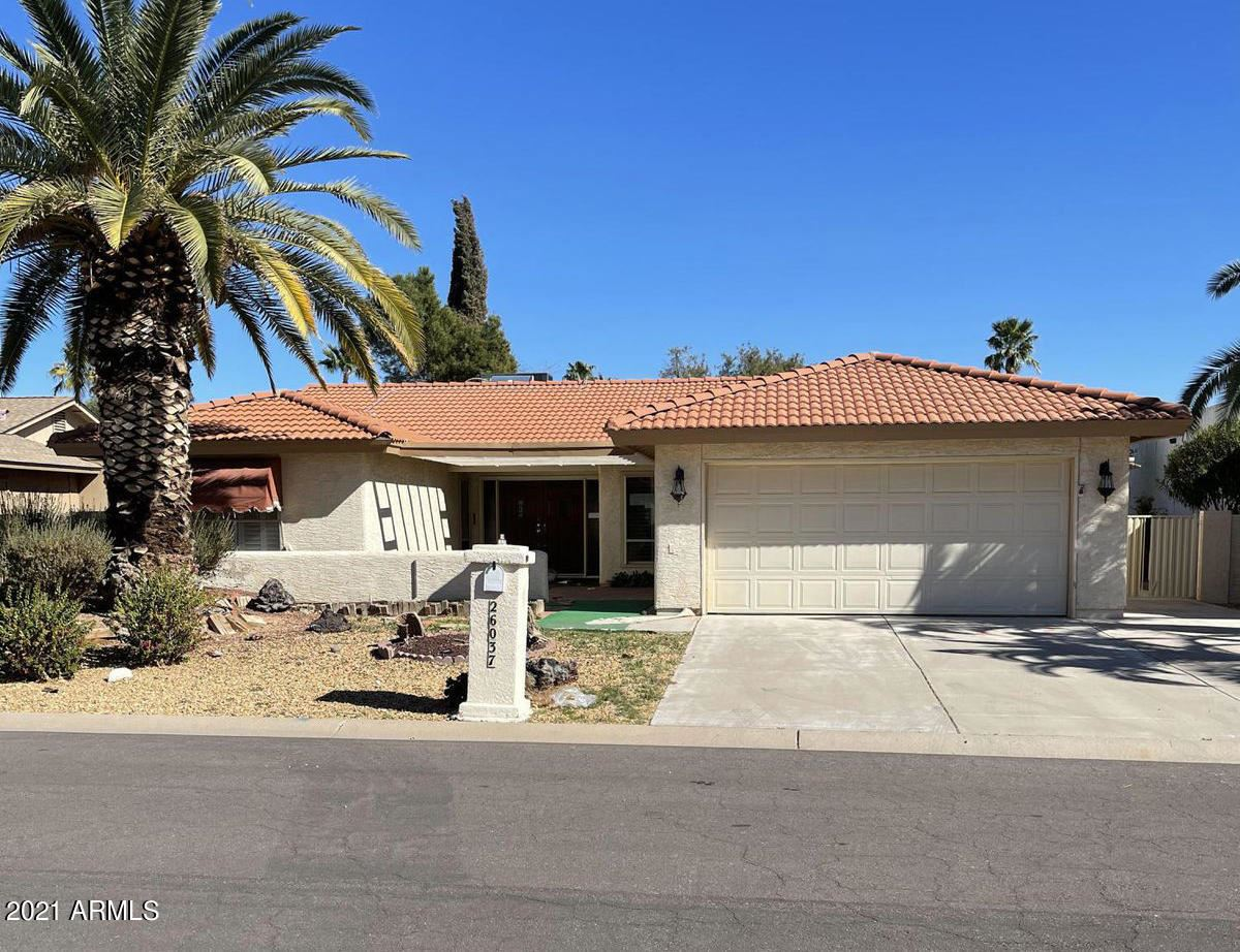 Photo of 26037 S Hollygreen Drive, Sun Lakes, AZ 85248 (MLS # 6201361)