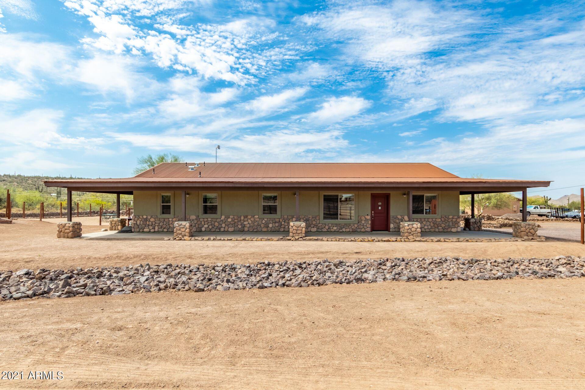 Photo of 117 W County Road, New River, AZ 85087 (MLS # 6257362)