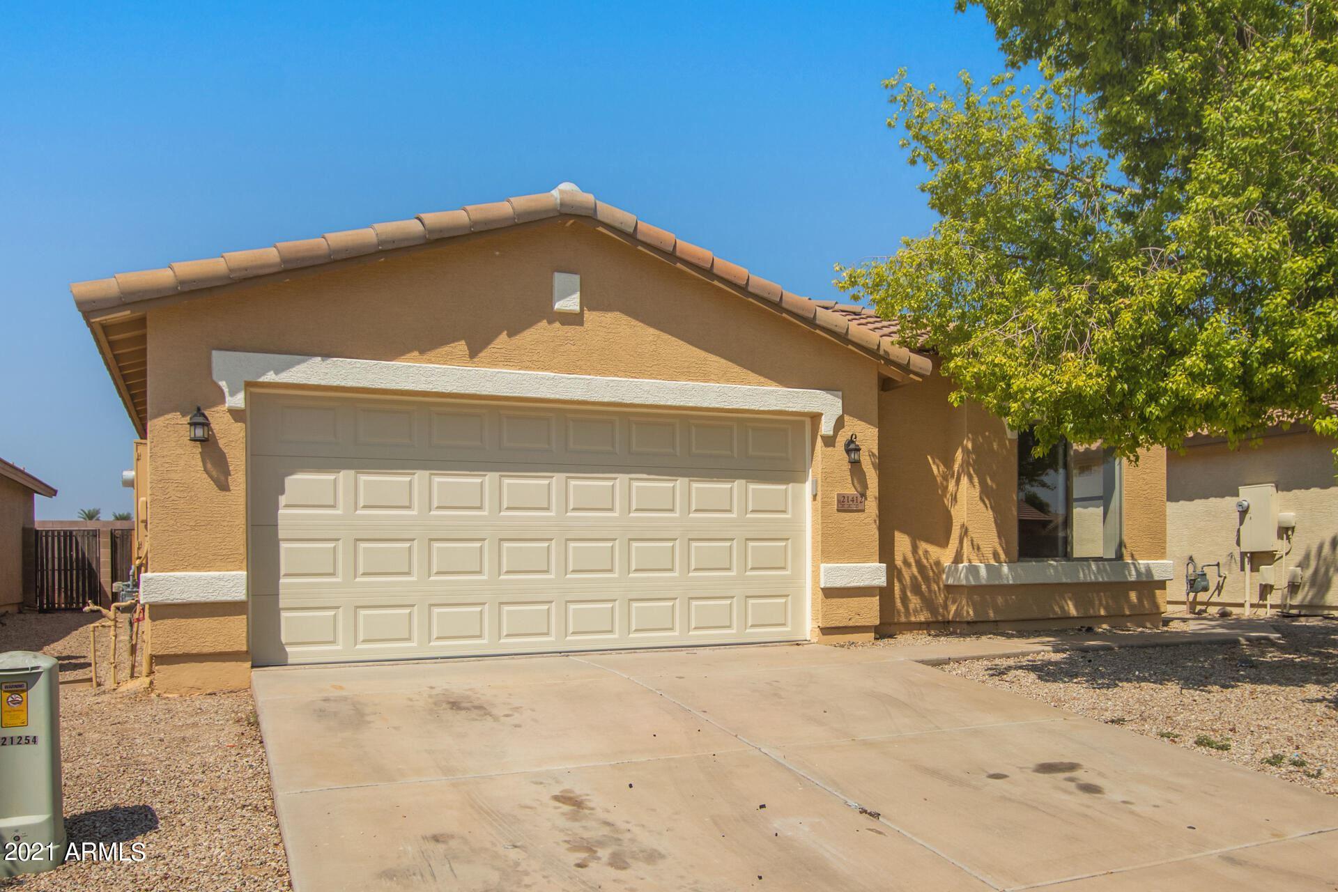 Photo of 21412 N DUNCAN Drive, Maricopa, AZ 85138 (MLS # 6295363)