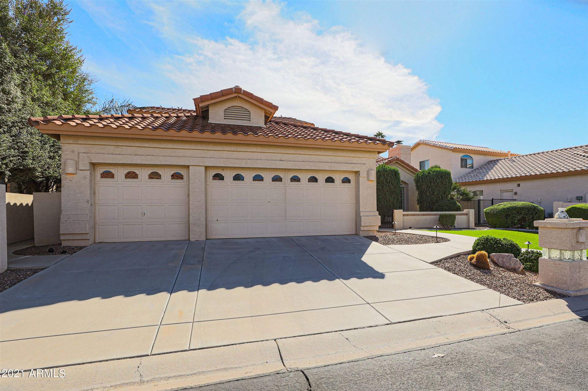 Photo of 10011 E NACOMA Court, Sun Lakes, AZ 85248 (MLS # 6310369)