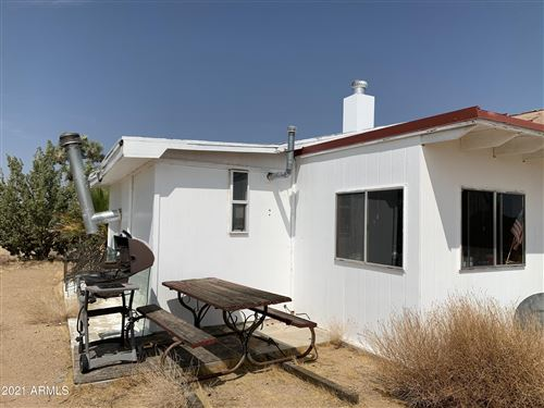 Photo of 19034 S Tortoise Road, Yucca, AZ 86438 (MLS # 6194378)