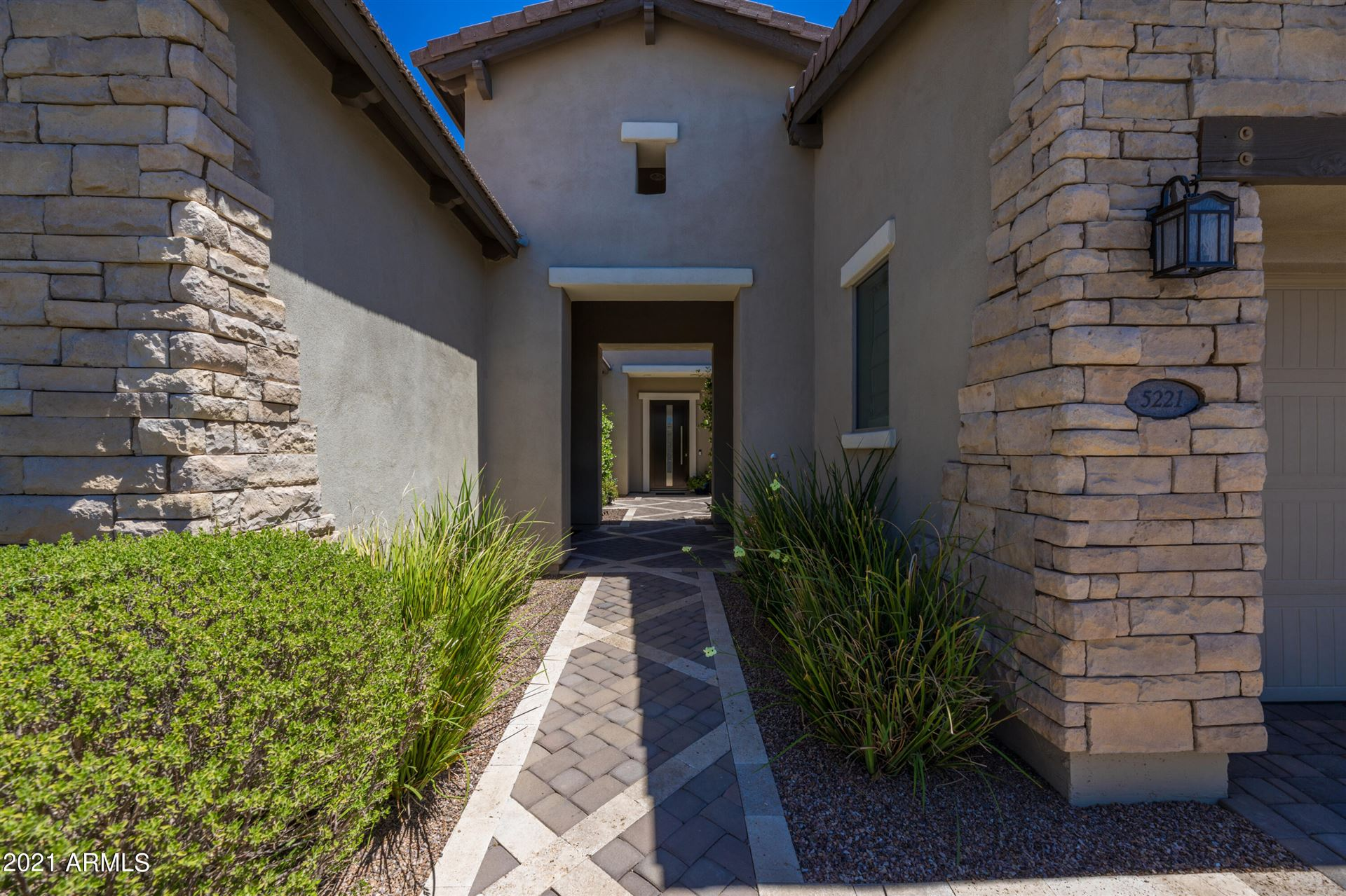Photo of 5221 E BARWICK Drive, Cave Creek, AZ 85331 (MLS # 6231382)