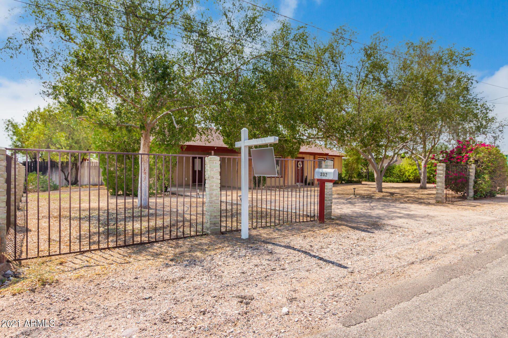 Photo of 332 S MALCOLM Drive, Apache Junction, AZ 85120 (MLS # 6268384)